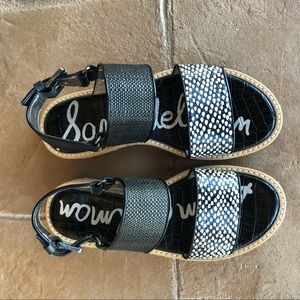 NWOT Sam Edelman Black & White Sandals